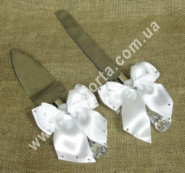 нож и лопатка с прозрачными ручками  для свадебного торта