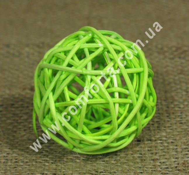 ротанговый шарик для декора, диаметр - 5 см, цвет - салатовый