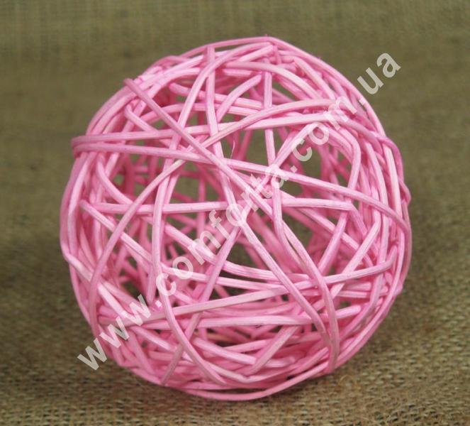 ротанговый шарик для декора, диаметр - 10 см, цвет - розовый