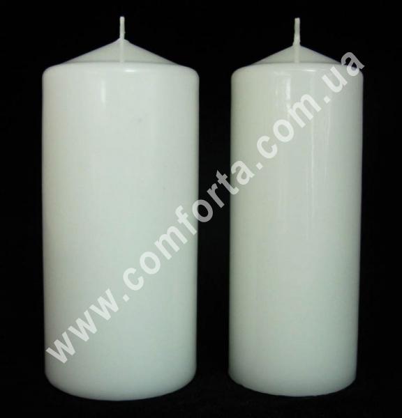 классическая парафиновая свеча в форме цилиндра, высота - 15см, диаметр - 6 - 7 см, цвет - белый