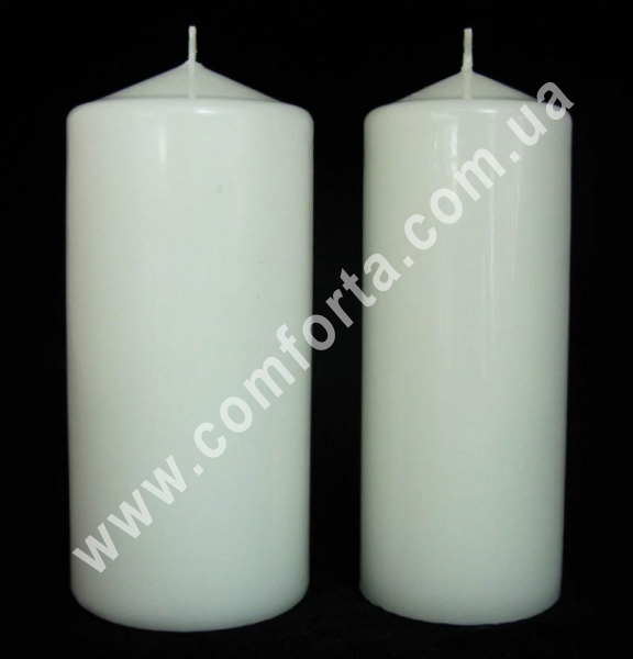 классическая парафиновая свеча в форме цилиндра, высота - 15 см, диаметр - 6 см, цвет - белый