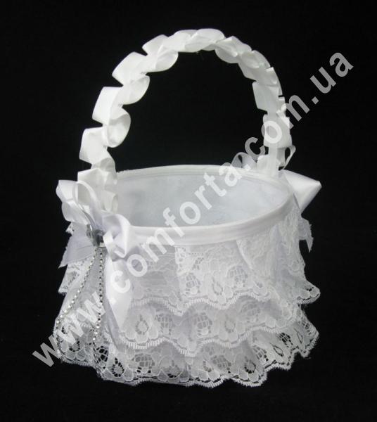 свадебная корзинка для лепестков роз с декором из кружева, цвет - белый