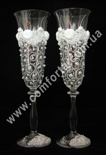 свадебные бокалы с лепными украшениями, высота - 25 см, диаметр - 7 см